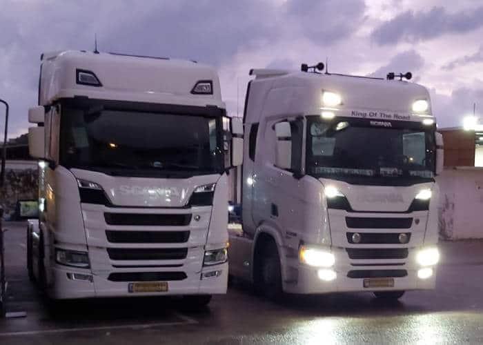 הובלת מטען חורג עם צי משאיות מתקדם וחדיש